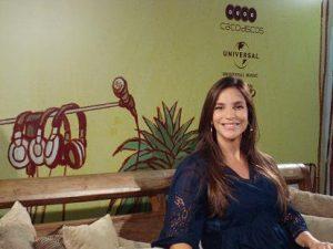 Ivete Sangalo durante entrevista em Salvador