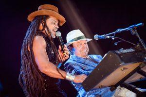 Sérgio Mendes e Carlinhos Brown / Foto dos alunos da Estácio de Sá (divulgação Rock in Rio)